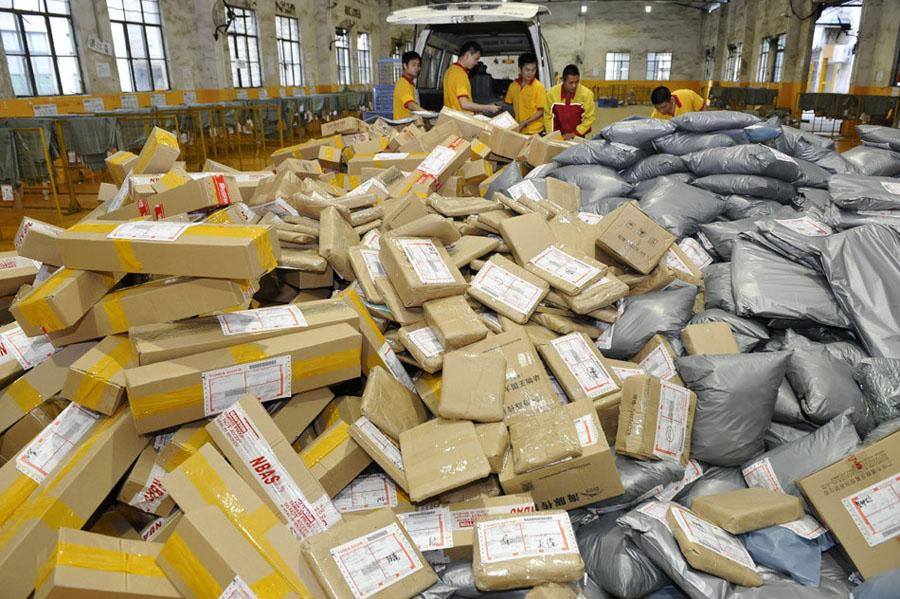 国家邮政局:上半年快递业务收入2181.2亿元,同比增近三成